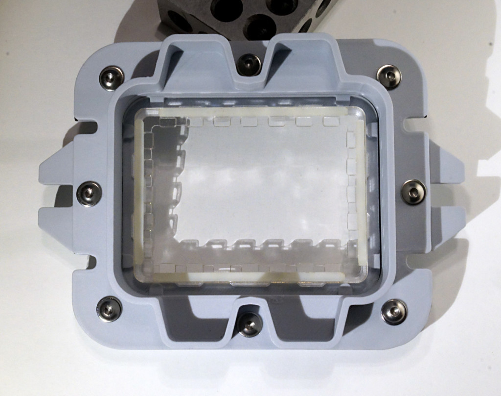 Vat With Support Plate